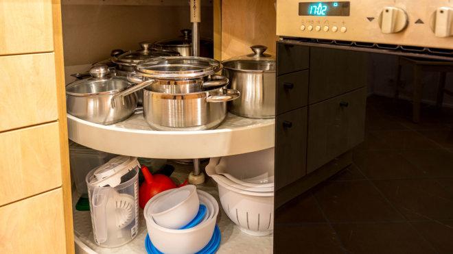 Ausstattung Küche - Neuwertige Töpfe & Schüsseln